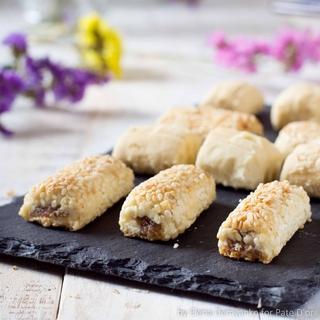 Печенье Pate D`or фингерс c финиками и кунжутом, 800 гр