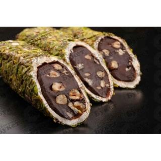 Лукум Hacibaba шоколадная паста с фундуком в лепестках фисташки, 100 гр